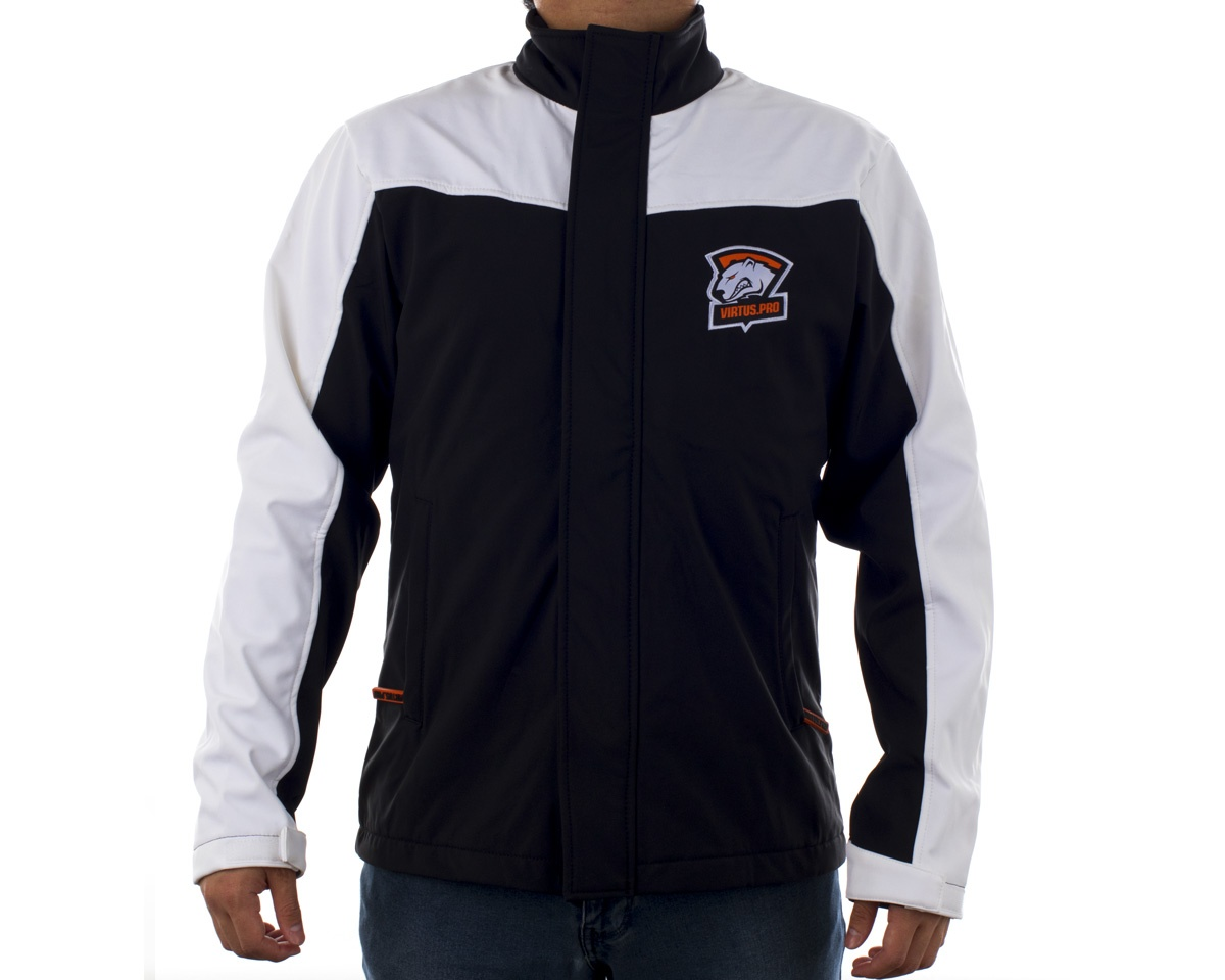 Softshell Jacket 2017 (Player Edition) in the group Clothing / Team store / Virtus.pro at MaxGaming (10803)