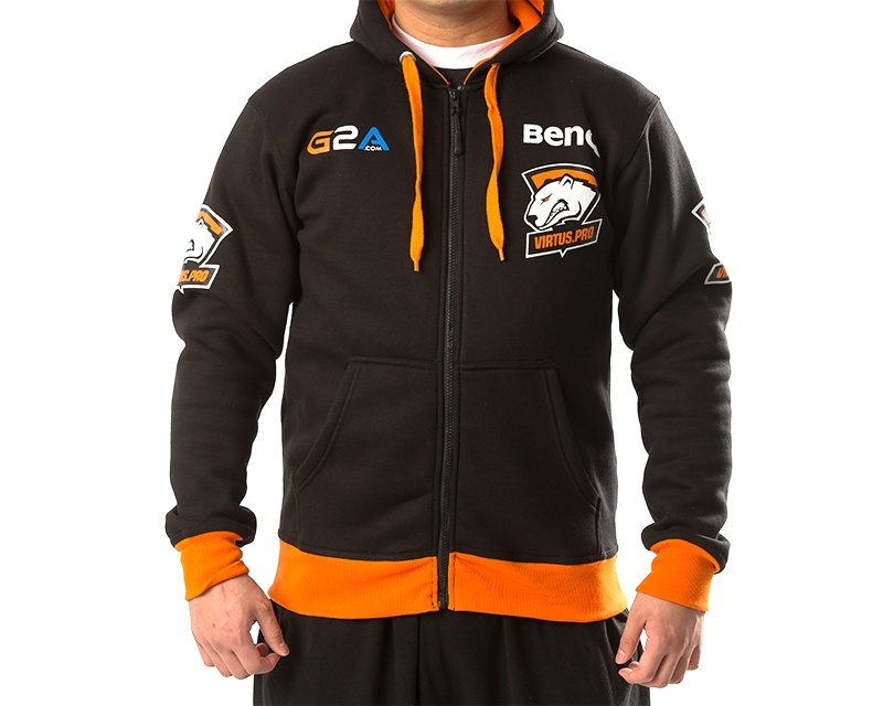 Player Hoodie in the group Clothing / Team store / Virtus.pro at MaxGaming (8361)